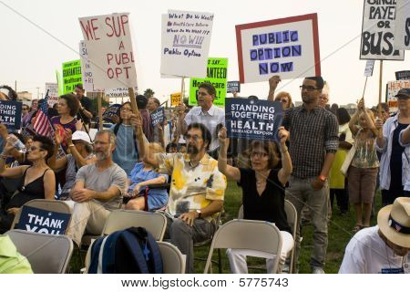 Los Angeles-september 3: Supporters Of Healthcare Reform Gather At A City Park On September 3, 2009