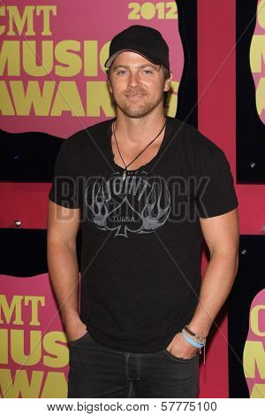 Kip Moore at the 2012 CMT Music Awards, Bridgestone Arena, Nashville, TN 06-06-12
