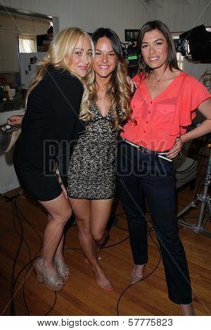 Jennifer Blanc, Sarah Butler, Caitlin Keats on the set of