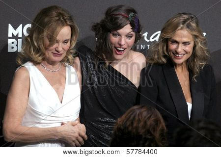 Jessica Lange with Milla Jovovich and Lauren Hutton at the Montblanc 'Signature for Good' Charity Gala. Paramount Studios, Los Angeles, CA. 02-20-09