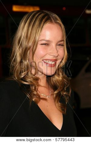 Abbie Cornish at the U.S. Premiere of 'Watchmen'. Grauman's Chinese Theatre, Hollywood, CA. 03-02-09