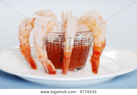 Large Shrimp With Sauce