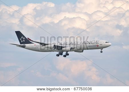Turkish Airlines Airbus A340 Landing At Istanbul Ataturk Airport In Turkey