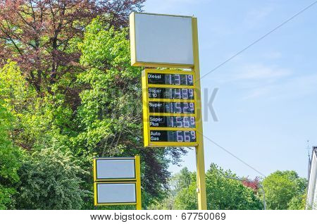 Price display a gas station