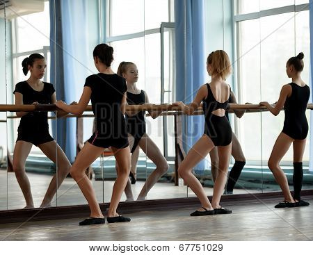 Ballet dancers warming up