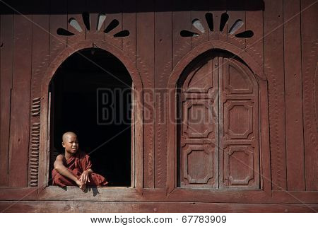 Young Monks At Window Of Nyan Shwe Kgua Temple.