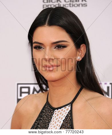 LOS ANGELES - NOV 23:  Kendall Jenner arrives to the 2014 American Music Awards on November 23, 2014 in Los Angeles, CA