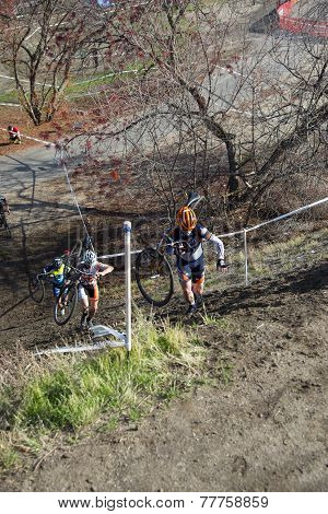 Cyclocross Contestants