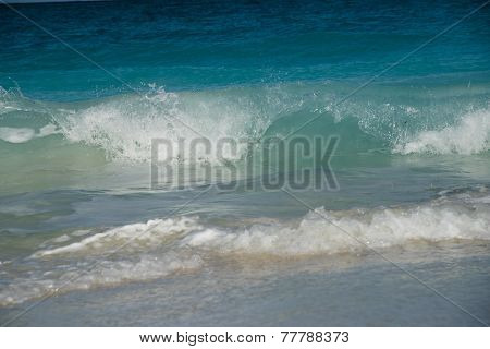 Ocean Waves Pattern 2