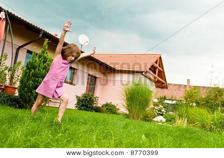 Cartwheel -fun On Garden