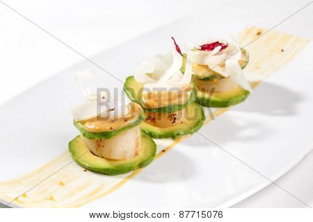 Tartlets with scallops