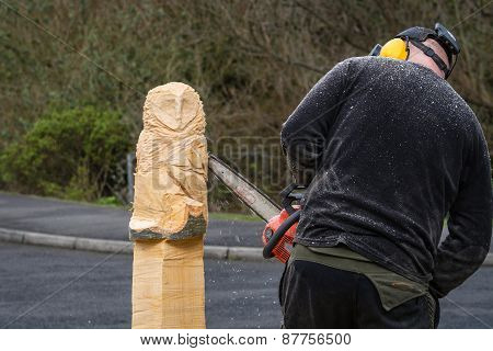 Chainsaw Sculptor At Work
