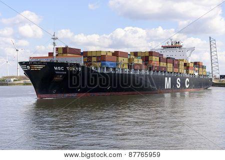 MSC Tokyo in Berendrechtsluis in the port of Antwerp