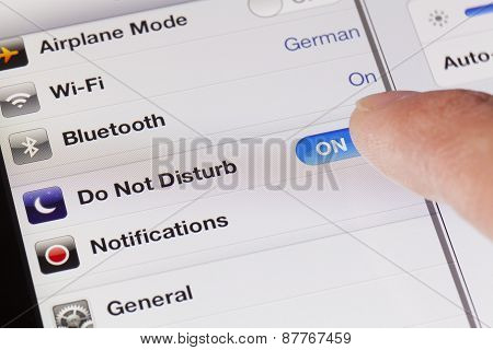 Switching to do not disturb mode on an iPad
