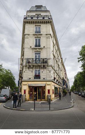 Parisien Hotel