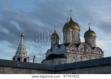 Cathedral of the Nativity of the Virgin from the 16th century in the Luzhetsky monastery in Mozhaysk near Moscow, Russia.
