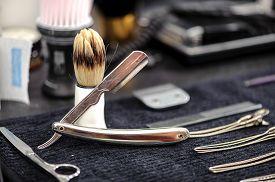 image of barber razor  - Barber tools - JPG