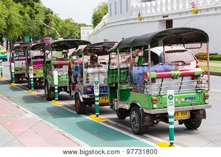 Bangkok, Thailand August 2: Thai Tuktuk Taxi Parking In The Row Beside The Grand Palace On August 2,