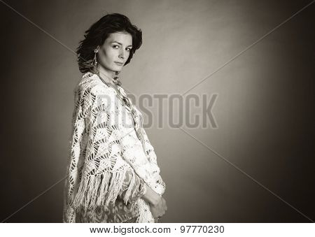 Studio portrait of young woman. Black and white photo