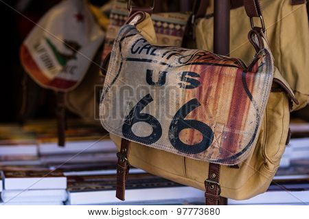California Us 66 Hand Bag