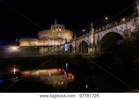 castle saint'angel in rome by night