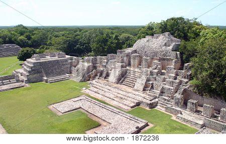 Edzna Mayan
