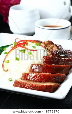 roasted sliced peking duck with rice