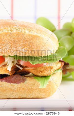 Sanduíche de frango fresco