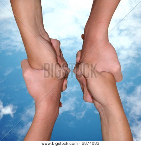 3Helping Hands