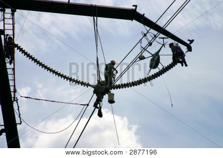 High Tension Power Workers: Powerworkers00035A