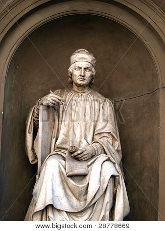 Statue of the famous architect Arnolfo di Cambio- Florence.