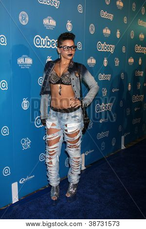 LOS ANGELES - Okt 20: Karma kommt in die Qubeeys Chris Brown Channel Launch Event am privaten Res