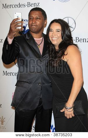 LOS ANGELES - OCT 20:  Kenneth Edmonds (Aka Babyface), Nicole Pantenburg arrives at  the 26th Carousel Of Hope Ball at Beverly Hilton Hotel on October 20, 2012 in Beverly Hills, CA
