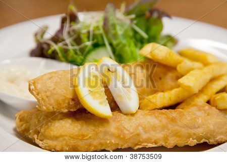 Fish and Chip with green salad
