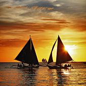 image of sailing vessels  - Sailing to the sunset  - JPG