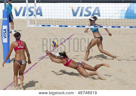 10/08/2011 LONDON, ENGLAND, Heather Bansley & Elizabeth Maloney (CAN) vs Alejandra Simon & Andrea Garc���­a Gonzalo (ESP) during the FIVB Beach Volleyball, at Horse Guards Parade, Westminster, London.