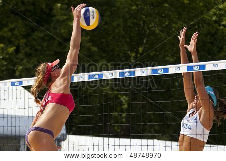 10/08/2011 LONDON, ENGLAND,  Brittany Hochevar & Lisa Rutledge (USA) vs Liliane Maestrini & Angela Vieira (BRA) during the FIVB Beach Volleyball tournament, at Horse Guards Parade, Westminster, London