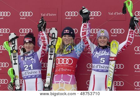 VAL D'ISERE FRANCE. 19-12-2010. Elisabeth Goergl (AUT) (L) Lindsey Vonn (USA) (C) and Nicole Hosp (AUT) (R) at the women's Super Combined race at the FIS Alpine skiing World Cup Val D'Isere France.