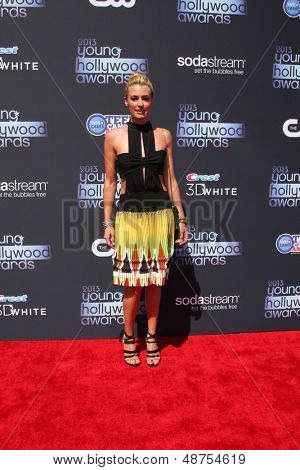 LOS ANGELES - AUG 1:  Cat Deeley arrives at the 2013 Young Hollywood Awards at the Broad Stage on August 1, 2013 in Santa Monica, CA