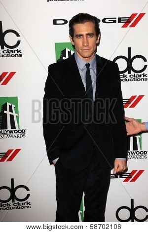 Jake Gyllenhaal at the 17th Annual Hollywood Film Awards Arrivals, Beverly Hilton Hotel, Beverly Hills, CA 10-21-13