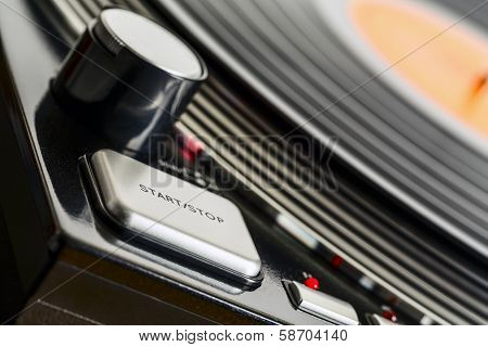 Turntable Rotates And Start Stop Button