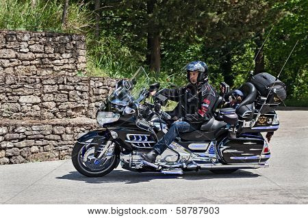 Super Equipped Cruiser Motorbike