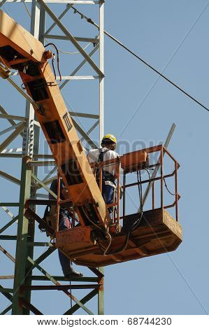 repair pylons high voltage 2