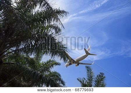 Malaysia Airline Ready For Landing