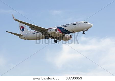 Boeing 737  Ready For Landing