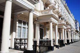image of kensington  - Regency Georgian terraced town houses in London - JPG