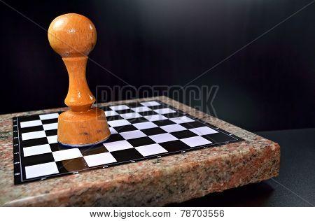 Huge Pawn