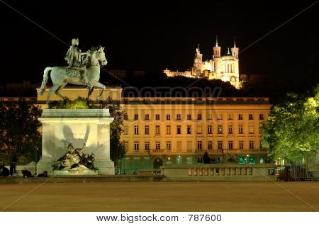 Bellecour square at night (France)