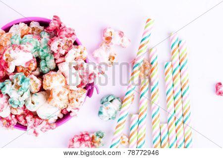 popcorns and drinking straws