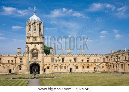 Christ Church's Tom Tower, Oxford University